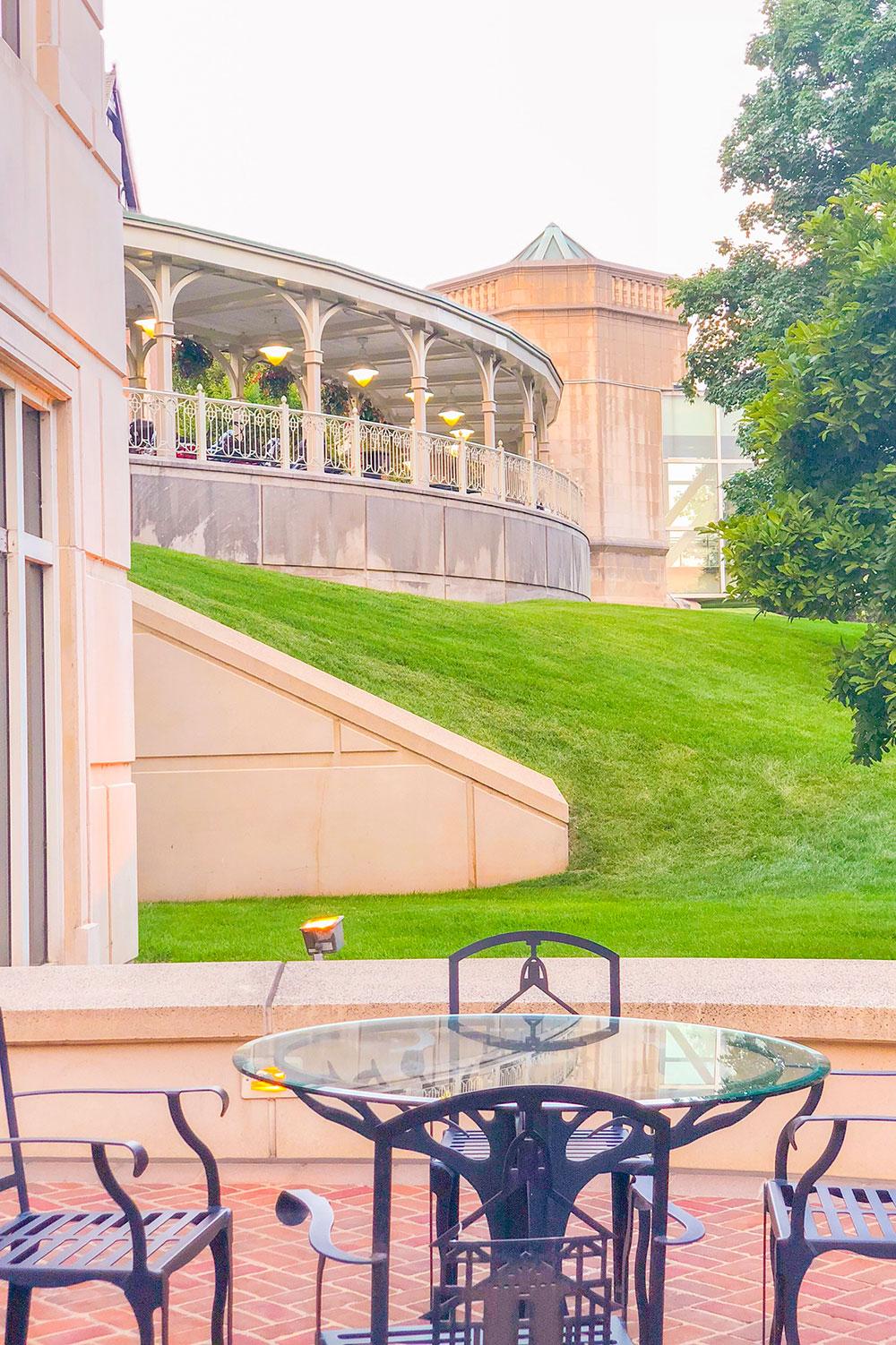 hotel roanoke garden