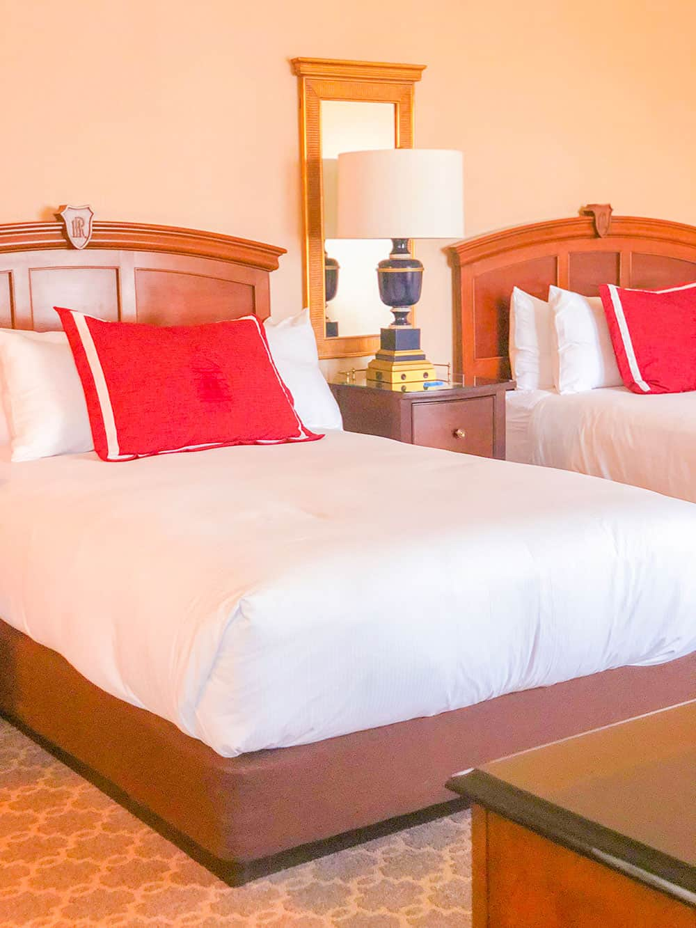 hotel roanoke suite