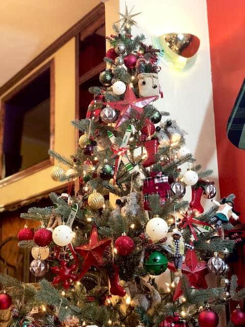 Apres Ski Christmas Tree