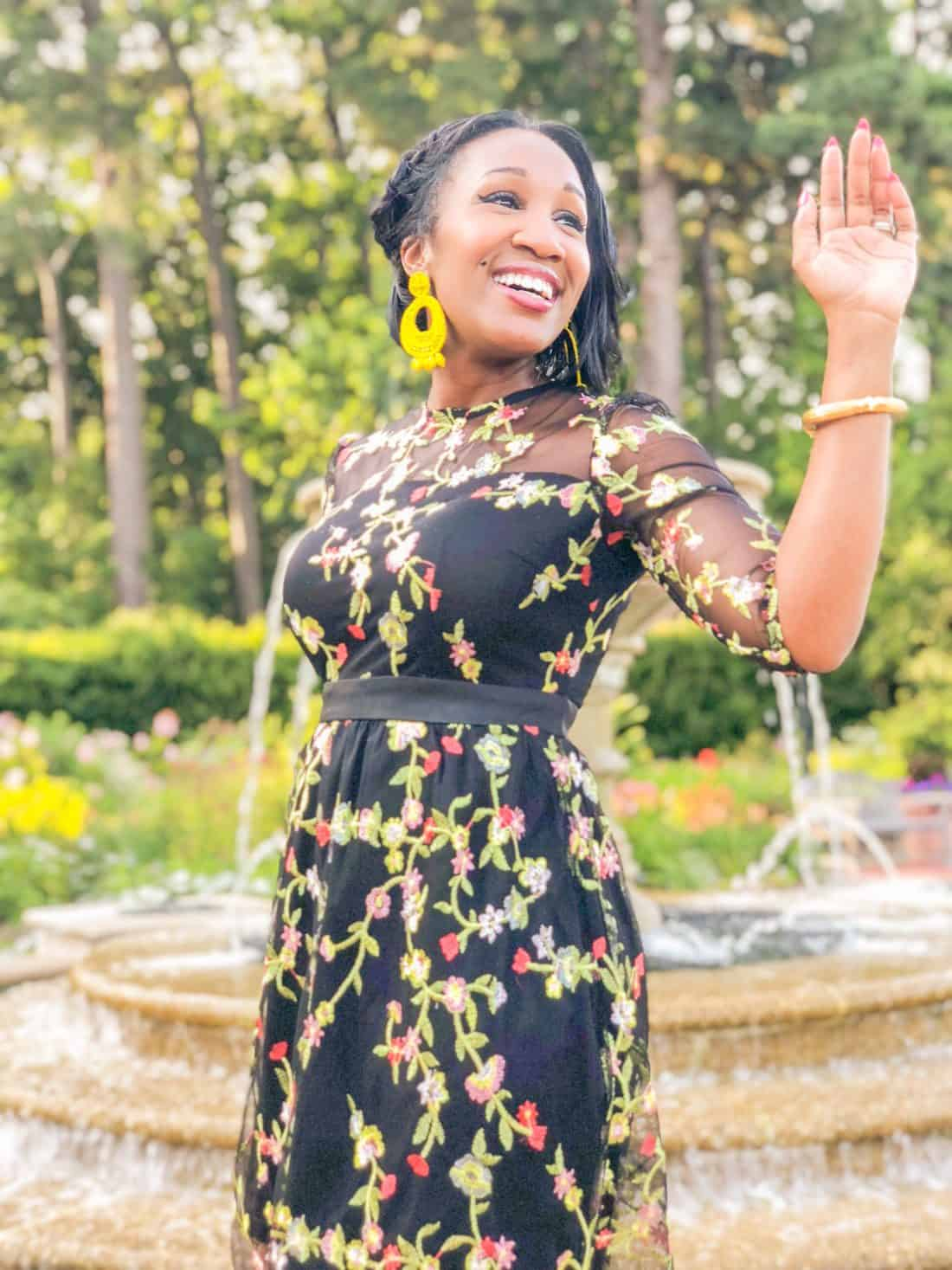 shaunda necole wedding dress
