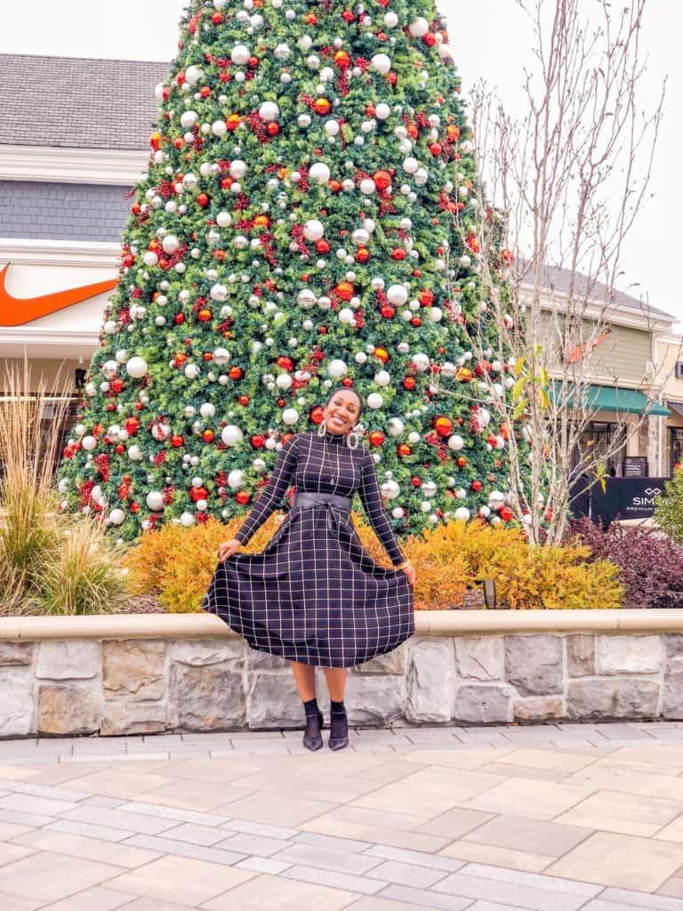 Shaunda Necole Holiday Style Norfolk Premium Outlets