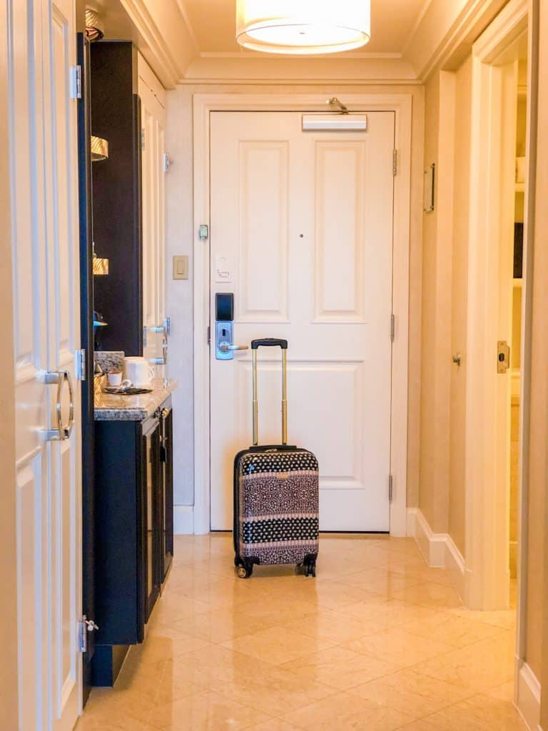 ShaundaNecole.com | Our Stay at Four Seasons Hotel Las Vegas- guest suite foyer