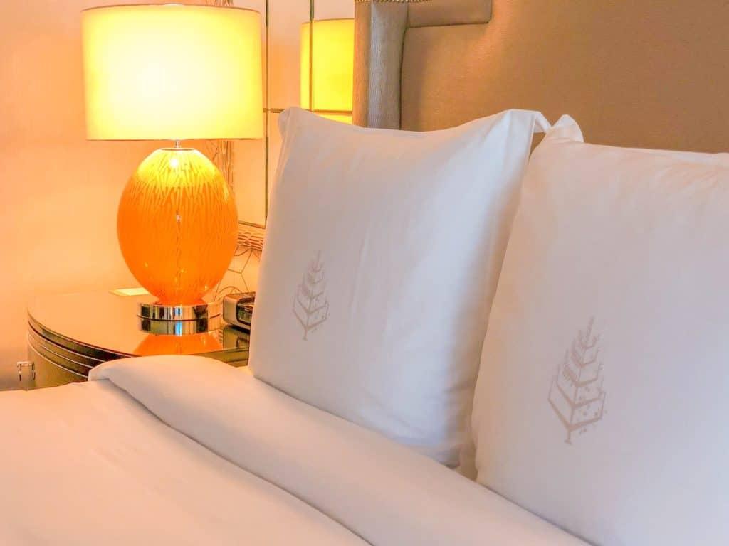 ShaundaNecole.com | Our Stay at Four Seasons Hotel Las Vegas- Four Seasons signature down pillows