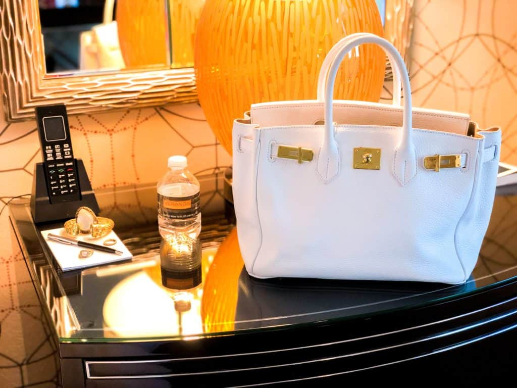 ShaundaNecole.com | Our Stay at Four Seasons Hotel Las Vegas- with my #TeddyBlake bag