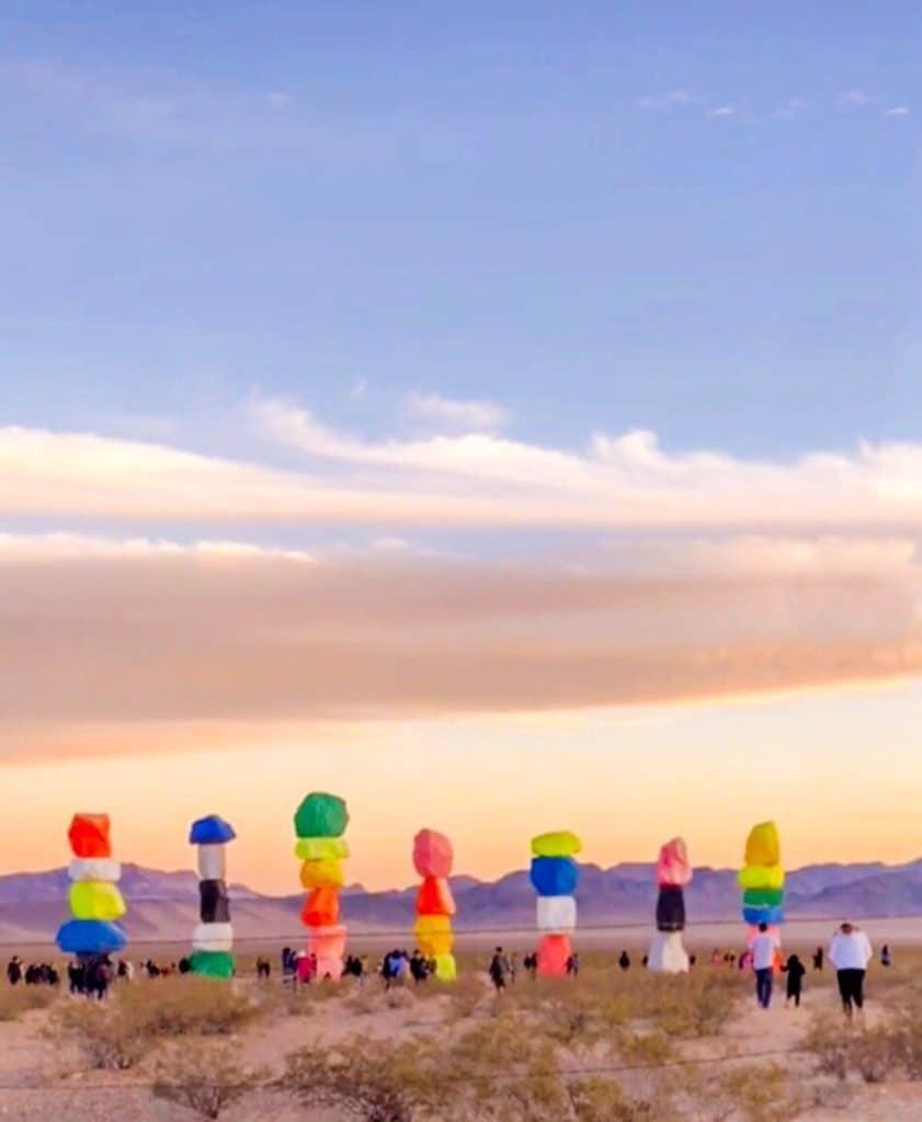 ShaundaNecole.com Visit Seven Magic Mountains in Las Vegas