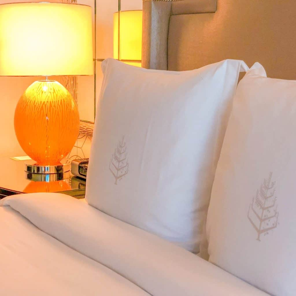 ShaundaNecole.com   Our Stay At Four Seasons & Las Vegas Secret Hotels- Four Seasons signature linens