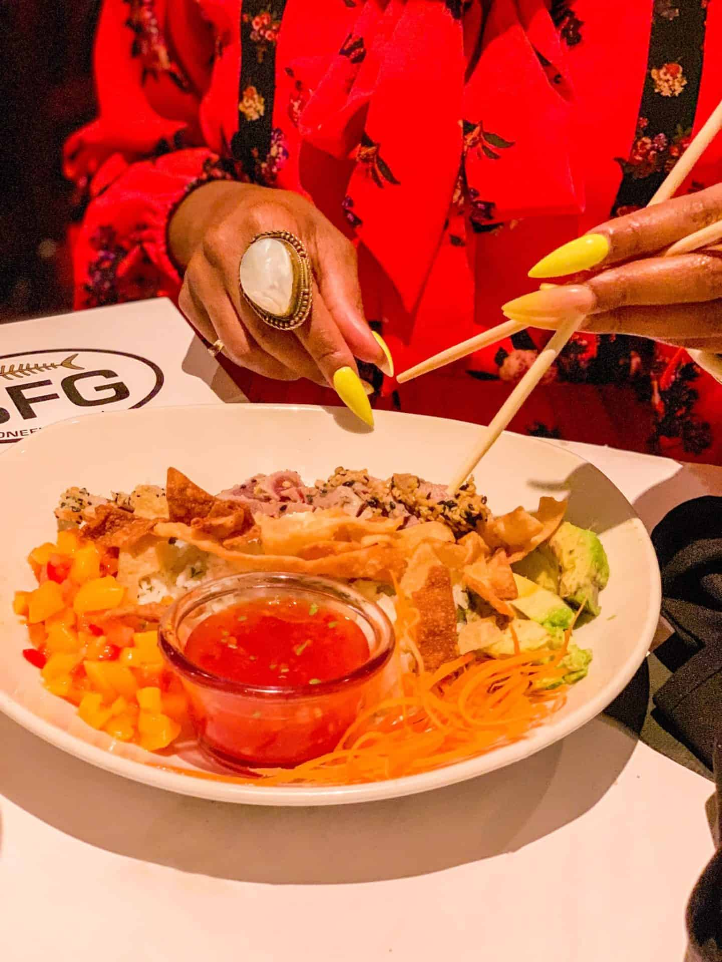ShaundaNecole.com Our Valentine's Dinner At Bonefish Grill- Premium Sushi-Grade Tuna Bowl and Chopsticks