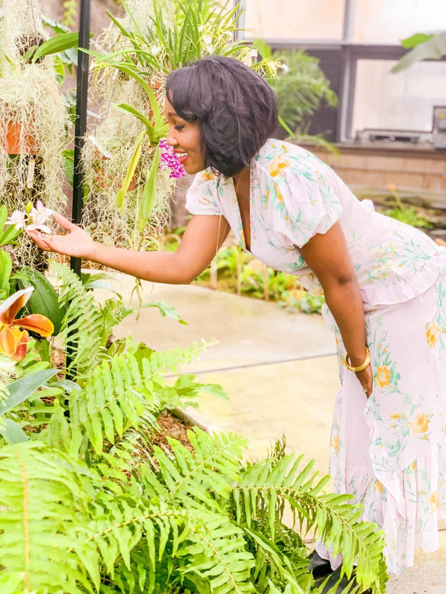 """Shaunda Necole- """"Connect to your sense of mission as to why you're doing this."""" -Tony Robbins"""