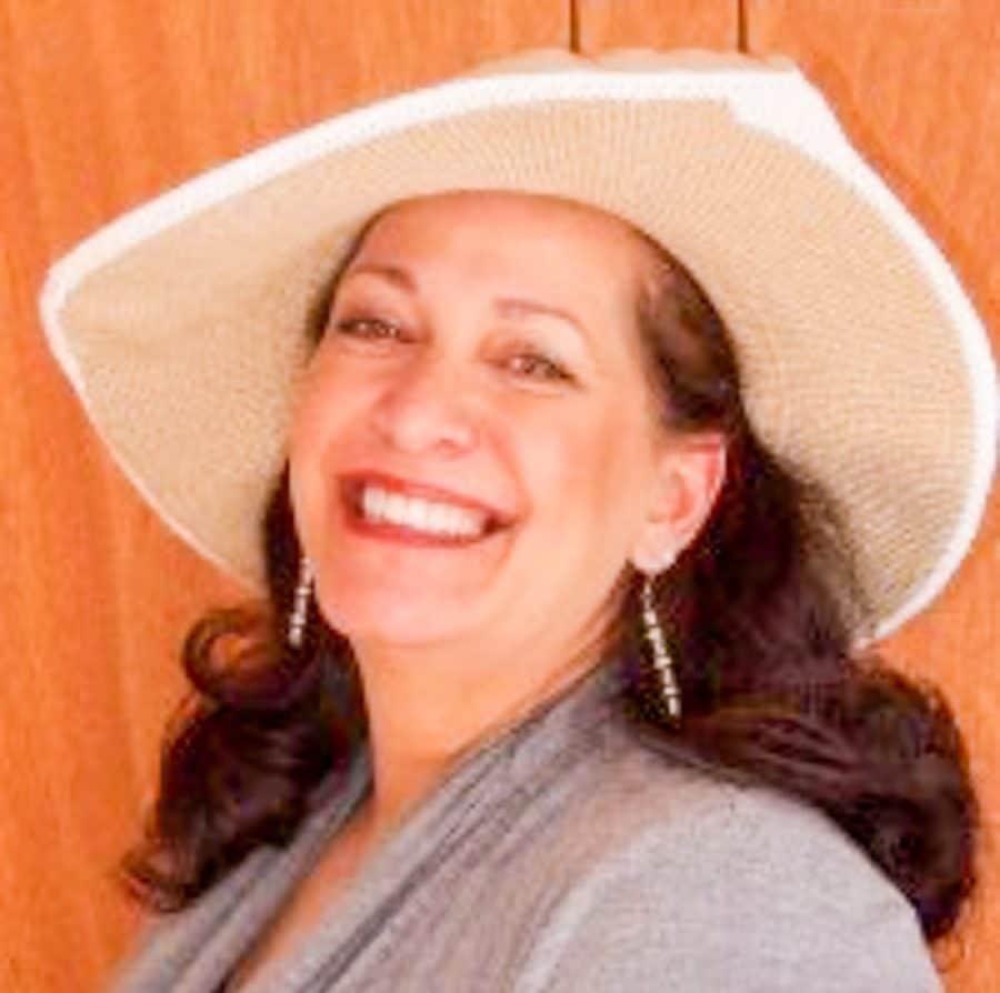 ShaundaNecole.com Dori DeCarlo, Founder The Word of Mom Media Network