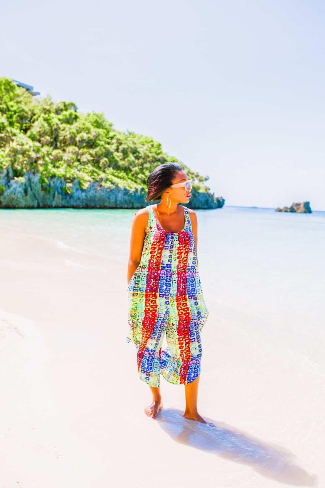 Shaunda Necole- I Was In Honduras at the beach, Isla Roatan