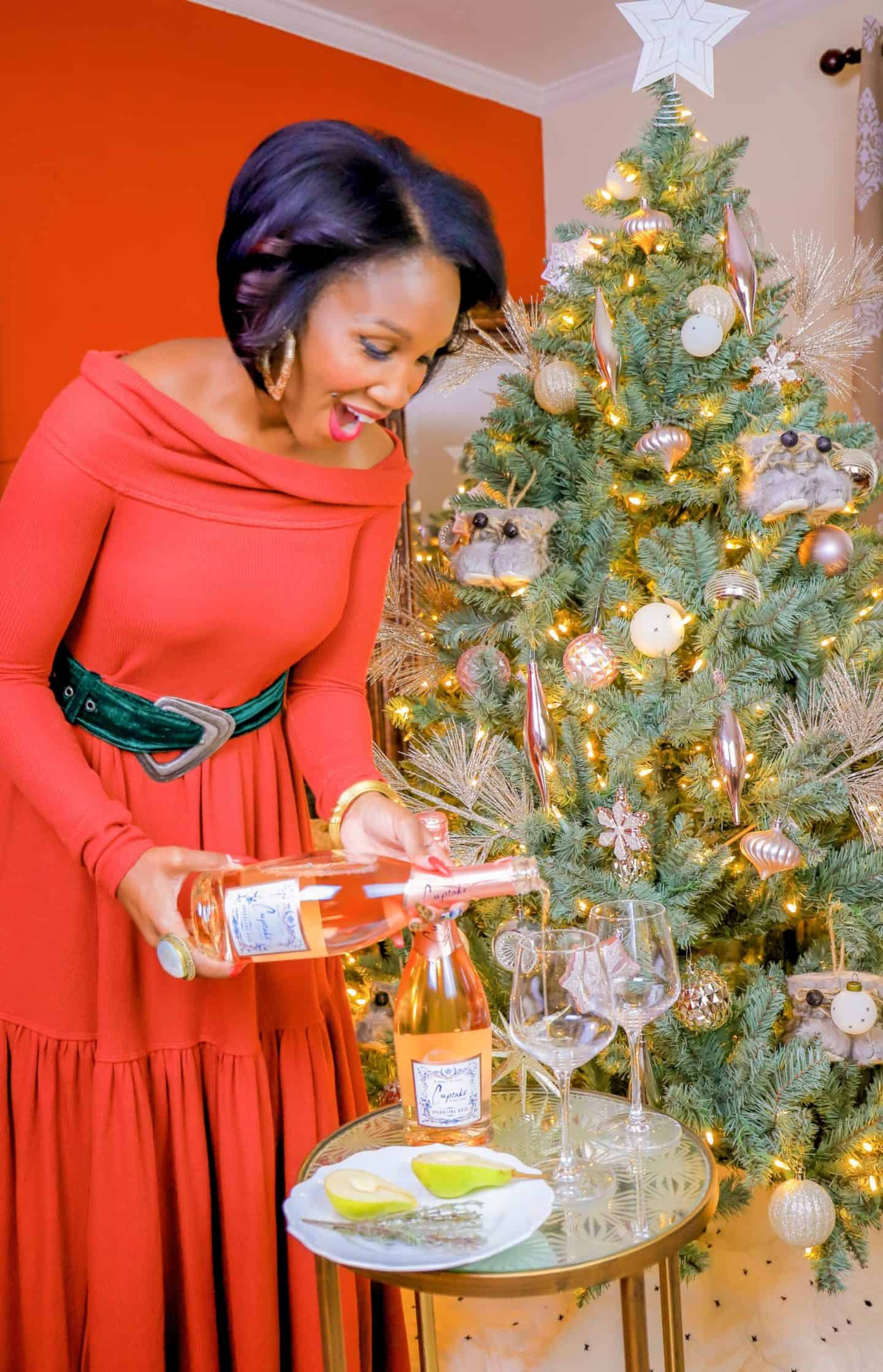 Shaunda Necole Sharing Easy Holiday Cocktail Recipes With Cupcake Vineyards Sparkling Rosé