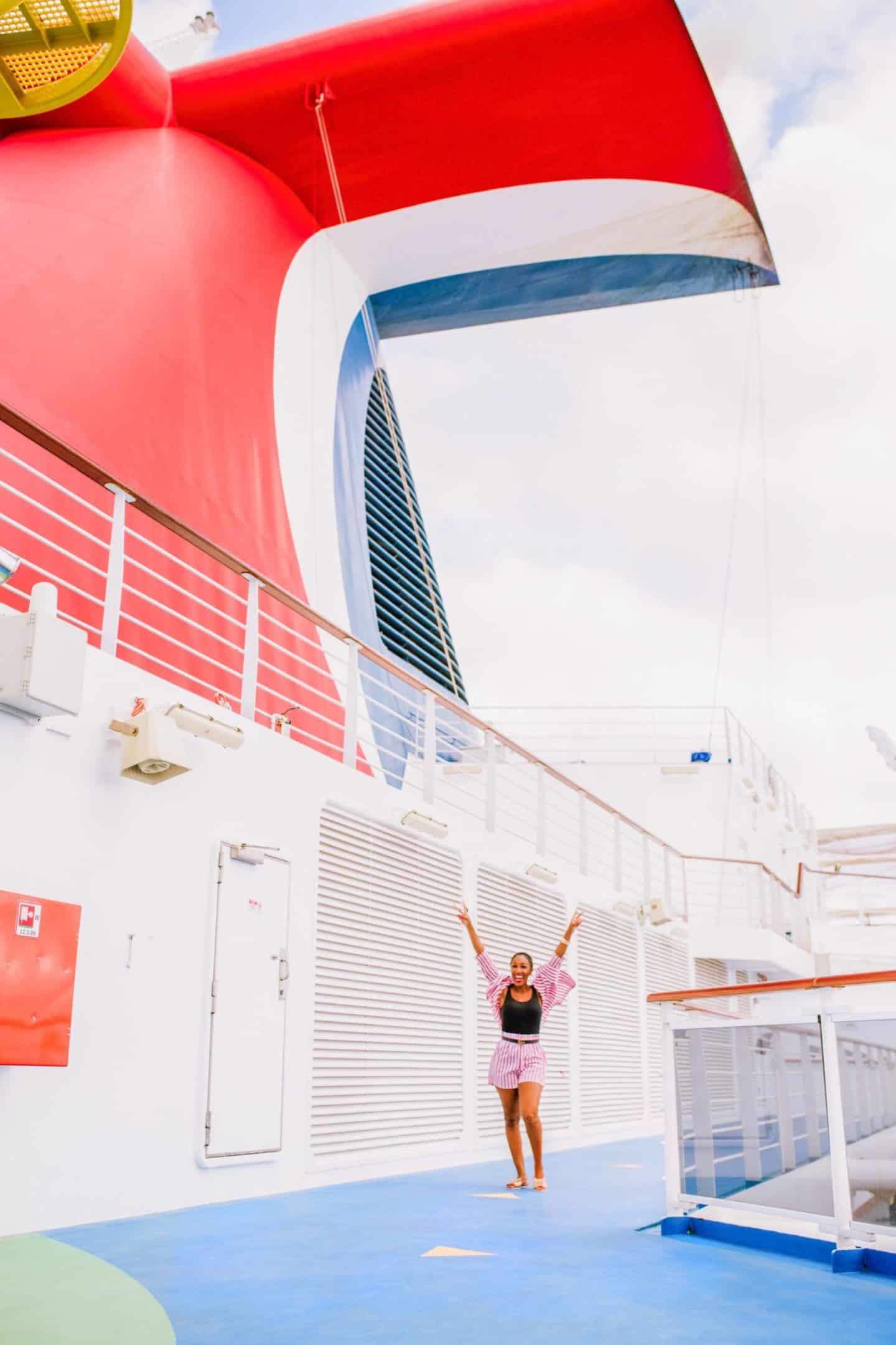 Carnival cruise ship Vista whale tail funnel