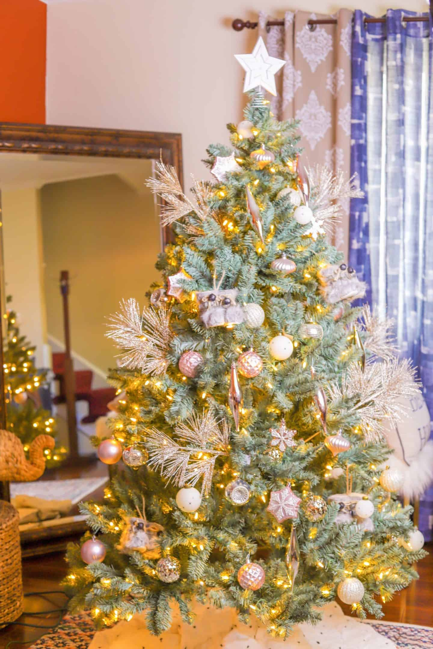 For Installation Ease - How To Pick The perfect Christmas Tree? | Shaunda Necole