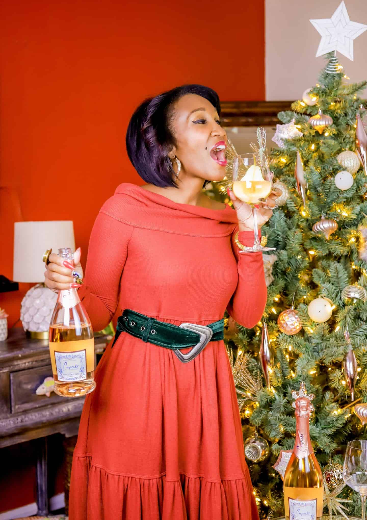 Sip This! - The Most Festive Holiday Cocktail | Shaunda Necole