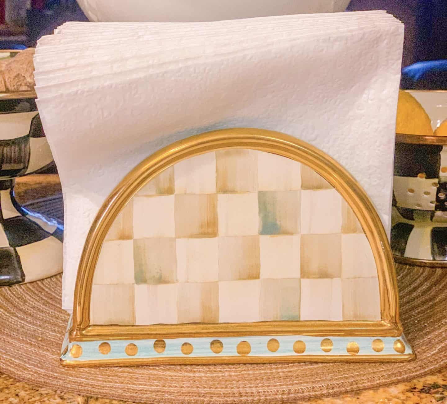 Old Fashion Napkin Holders Are Back in Style Again