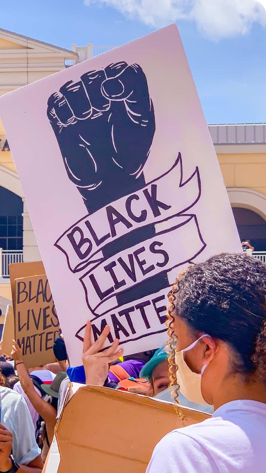 BLM Protest Signs Ideas- Black Lives Matter art protest sign