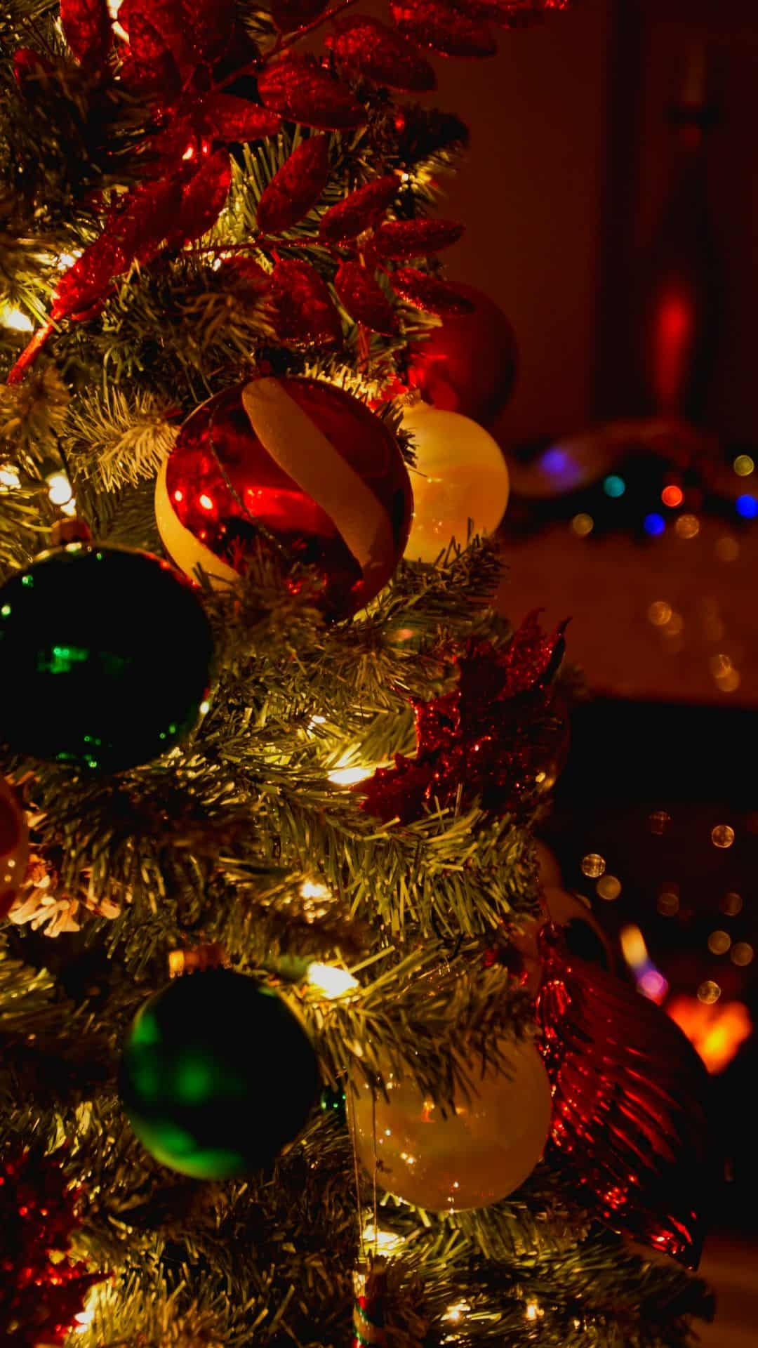 Christmas Wallpapers For iPhone Beautiful Christmas Tree