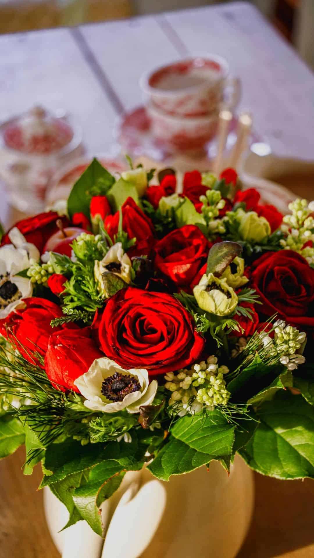 Christmas Wallpapers For iPhone Holiday Roses