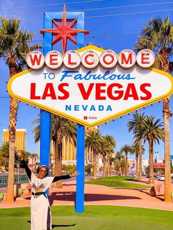 Welcome To Fabulous Las Vegas Sign | Shaunda Necole
