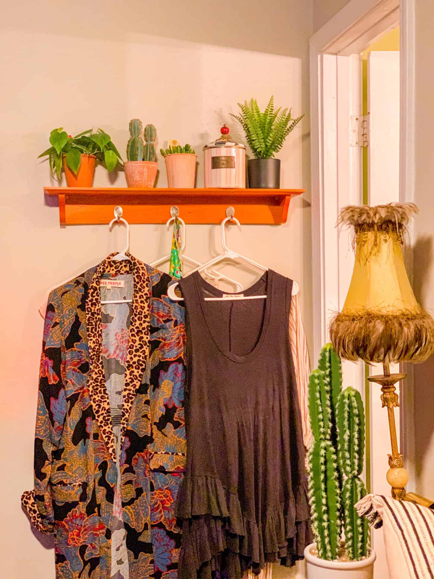 How To Decorate Bohemian Bedroom Decor Plant Shelf Ideas