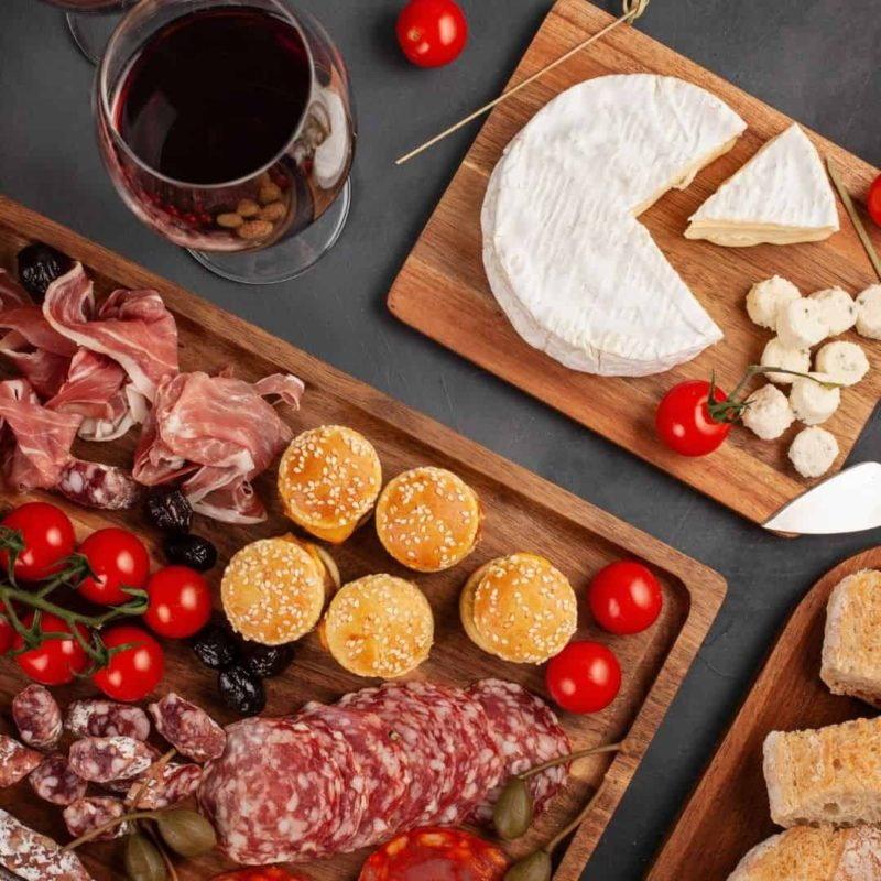 How to make a wooden Charcuterie Board
