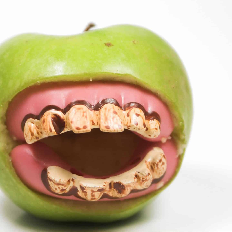 Halloween party apple fangs