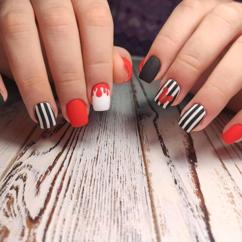 Disney Holiday Nails
