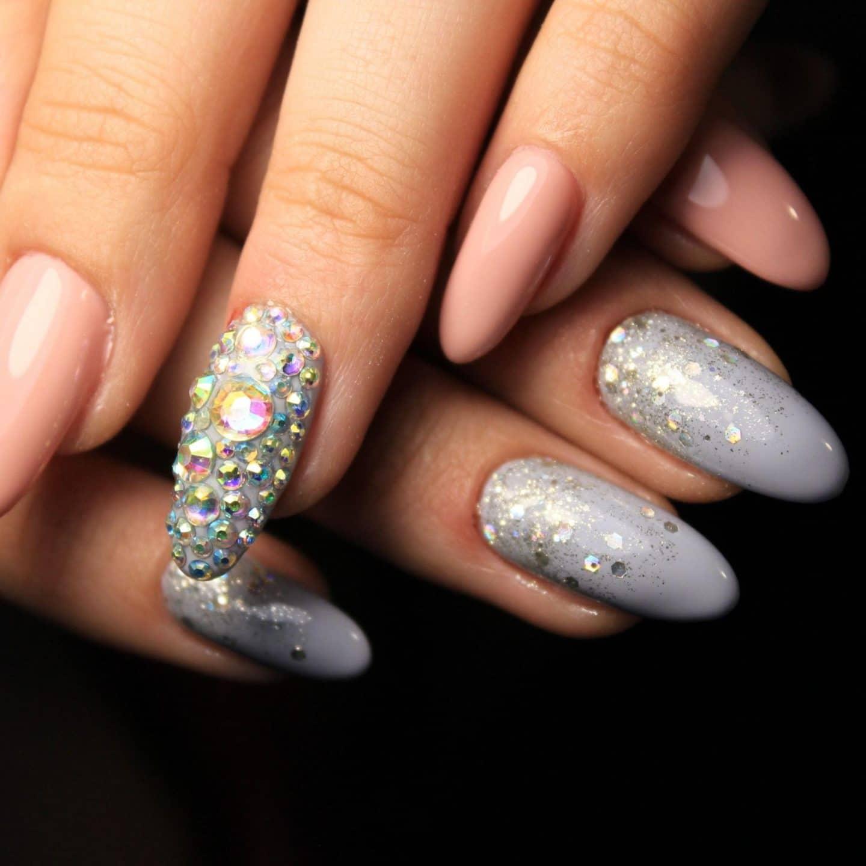 Sparkling Christmas Nails